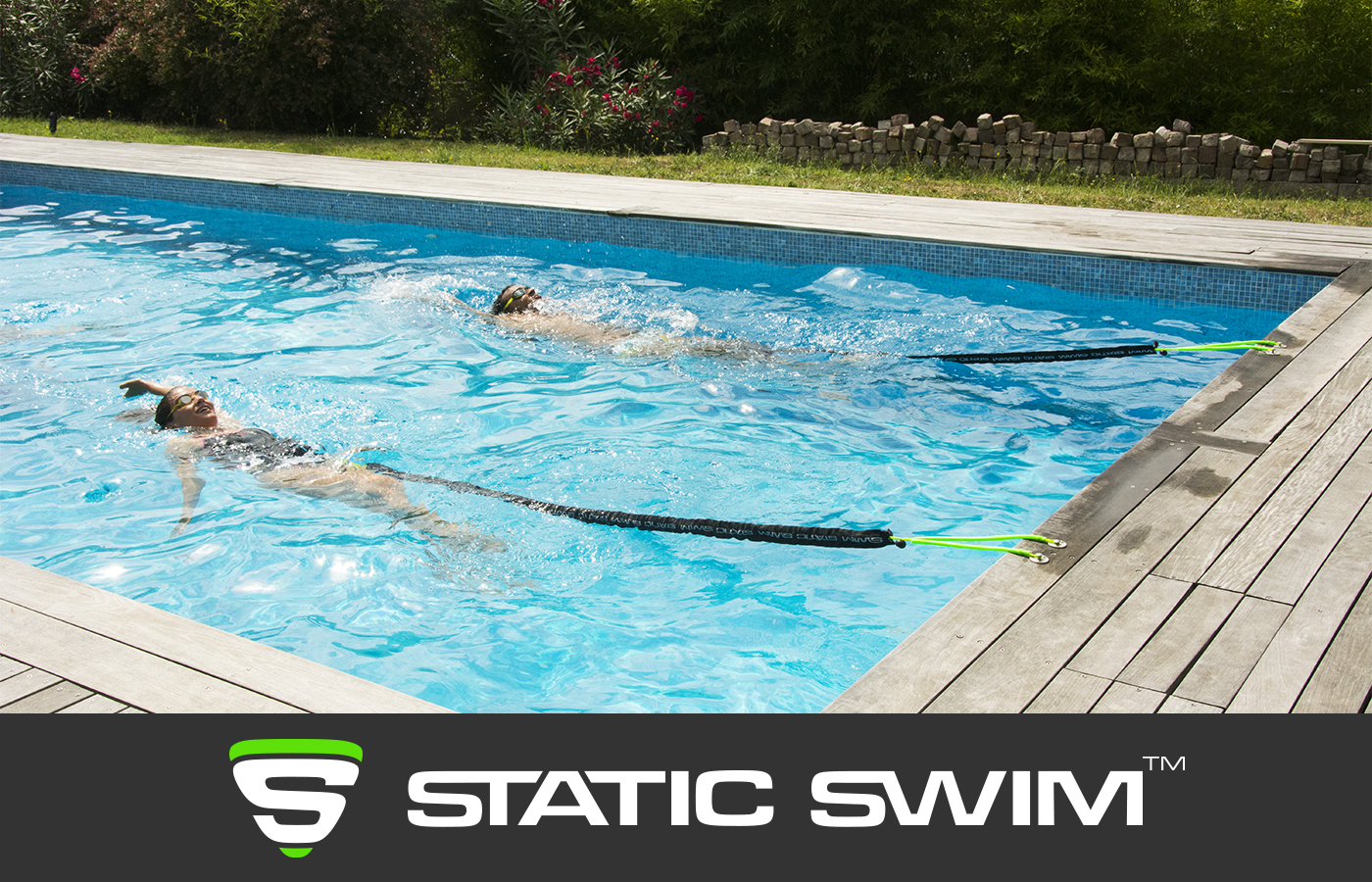 Nage sur place nageurs dos crawlé