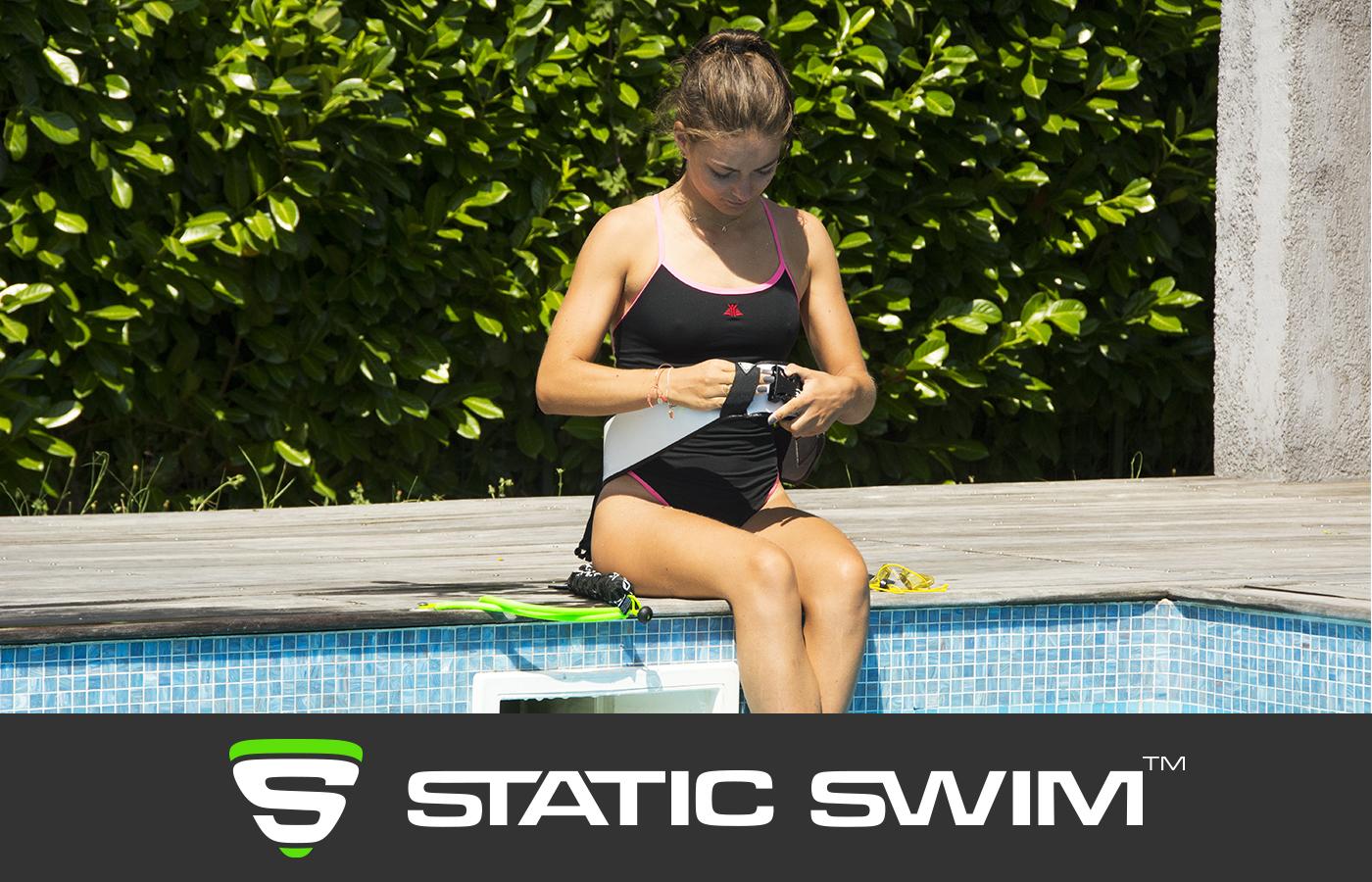 Ceinture de nage piscine mise en place
